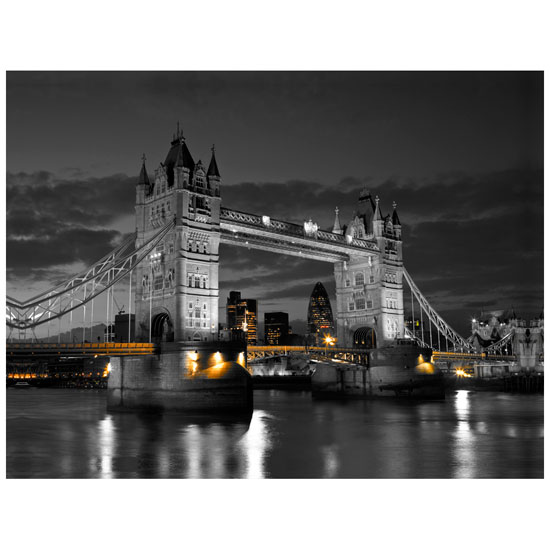 000511 Tower Bridge - Creative Ideas for Painting a Living Room