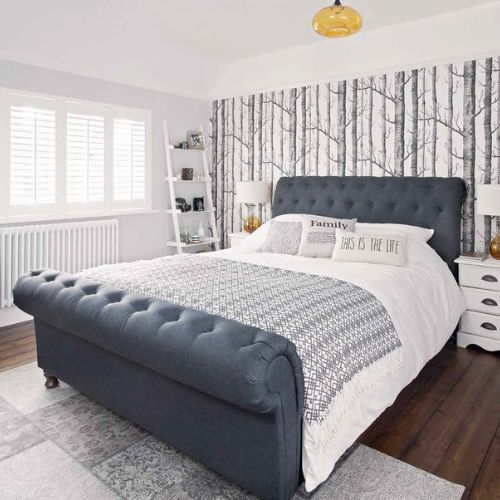 Check out our beds in wooden, gloss, leather and fabric to add a luxury touch to your living room
