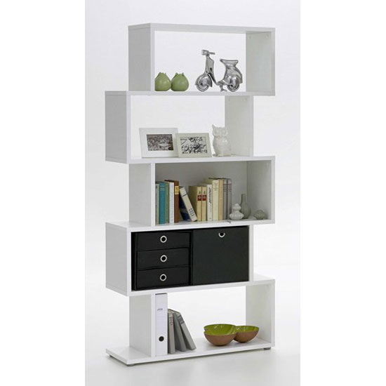 Kubi Shelving Unit In White With 5 Compartments