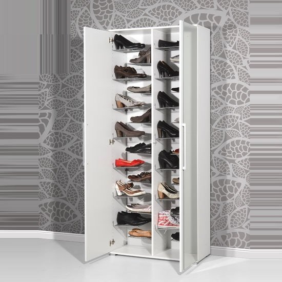 Carlucci mirror shoe storage cabinet in white wood finish for Armoire chaussures miroir