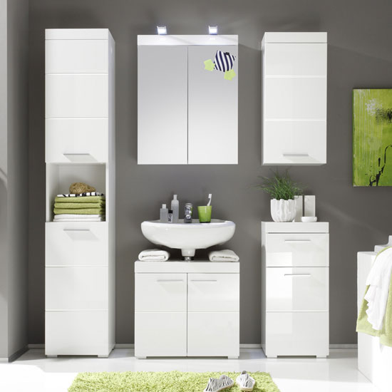 Amanda Bathroom Set In White With High Gloss Fronts And Lighting