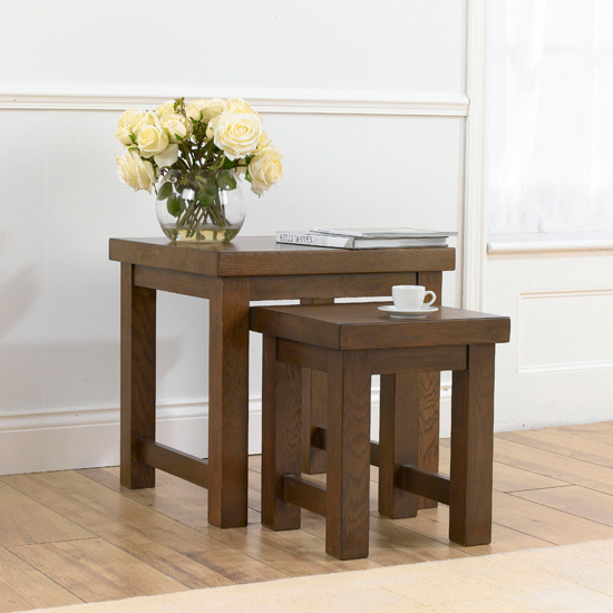 Antique Dining Tables Add a Touch of Elegance