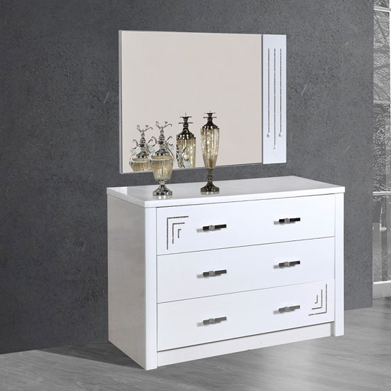 Cloral 3 Drawer Dresser And Mirror In White Gloss With Diamante