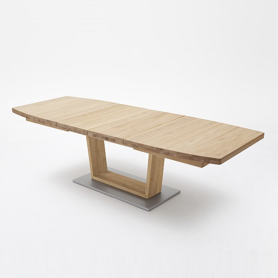 Cantania Extendable Large Dining Table Boat Shape In Wild Oak