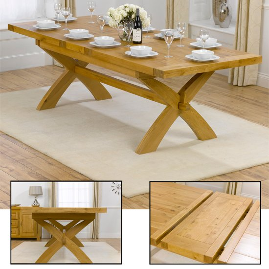 Avignon Extending Dining Table In Solid oak