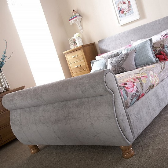 Larson Sleigh Bed In Chenille Fabric With Wooden Legs_4