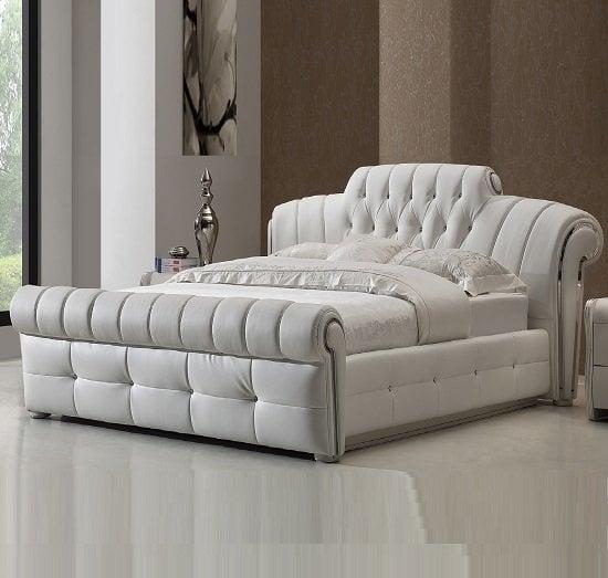 DA 12 black faux leather bed - Choosing Hotel Furniture Bedroom Tips