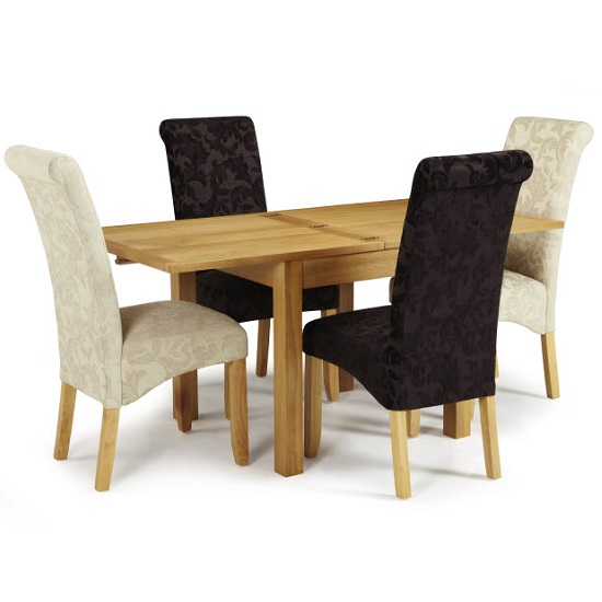 Darcey Extendable Dining Table In Oak With 4 Ameera Chairs