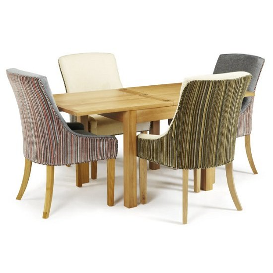 Darcey Extendable Dining Table In Oak With 4 Hannah Chairs