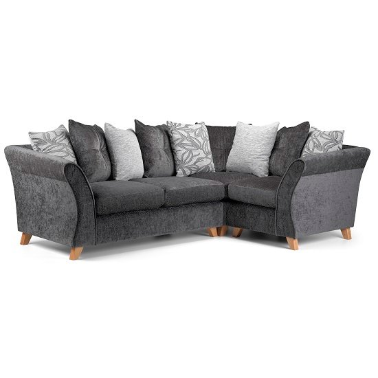 Optimising Room Space With Small Corner Sofas For Small
