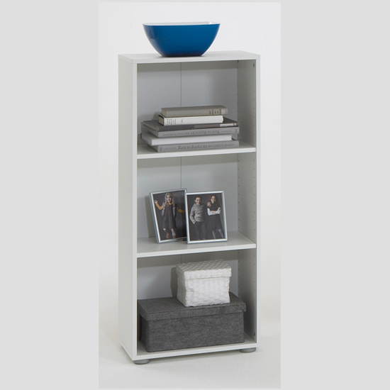 Read more about Felix5 white shelving units