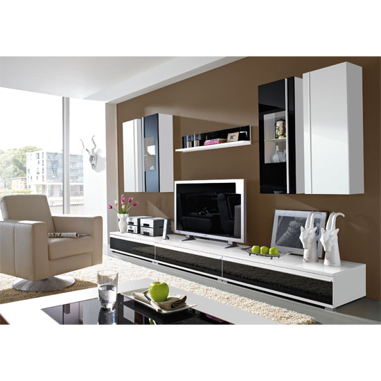 Interior design ideas for italian villas furniture in for Furniture in fashion