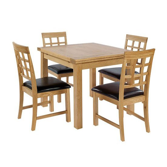 Hywel Extendable Dining Table In Solid Oak
