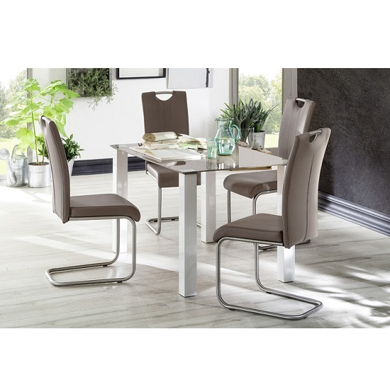 Hanna glass dining table in taupe with 4 marie dining for Table hanna