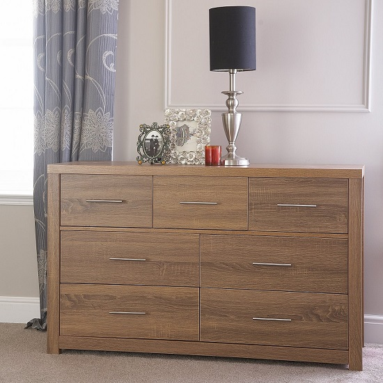 Mariona Wide Chest of Drawers In Oak With 4+3 Drawers