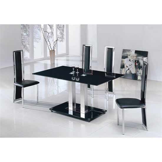 Holley dining table deluxe chairs - Choose A Dining Table For Your Small Space