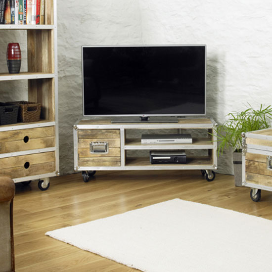 IRC09A 5 - Things To Think About Before Buying Wood TV Stands For 60 Inch TVs