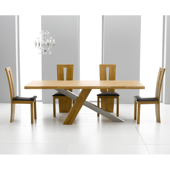 Antonio Solid Oak Dining Table And 6 Arizona Dining Chairs