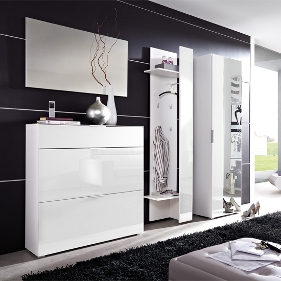 Primera white hallway set - Storing Winter And Seasonal Clothes And Shoes: Storage Tips And Ideas