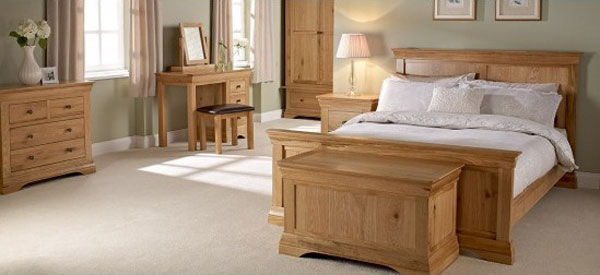 Wellington Solid Oak Finish King Size Bed