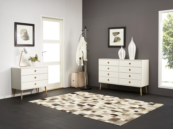 Walton Chest of Drawers In White And Oak Legs With 8 Drawers_5