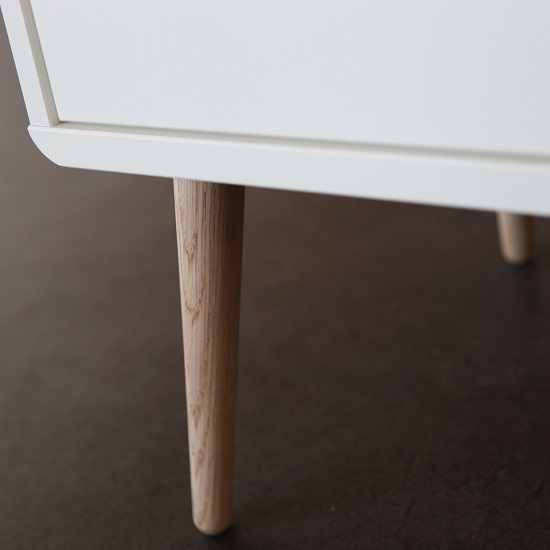 Walton Chest of Drawers In White And Oak Legs With 8 Drawers_4