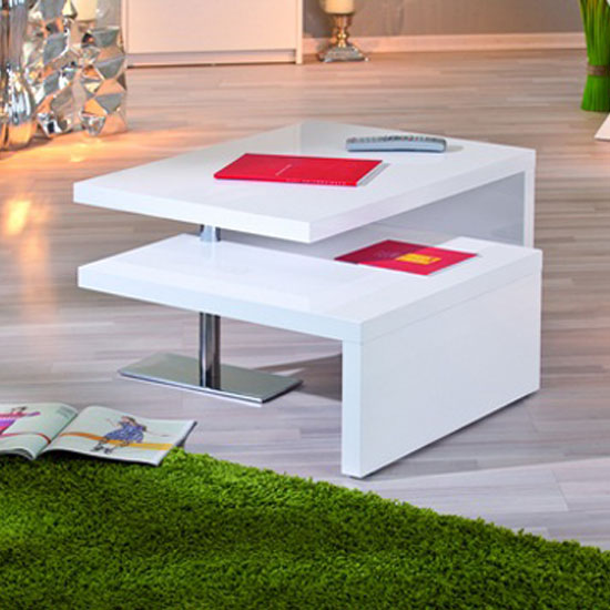 Solea half open - 6 Pluses Of A Coffee Table With Nesting Stools