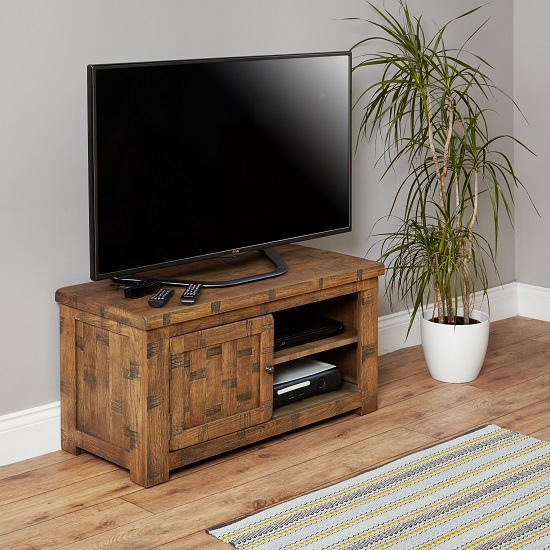 Alena Wooden Small Tv Stand In Rough Sawn Oak With 1 Door
