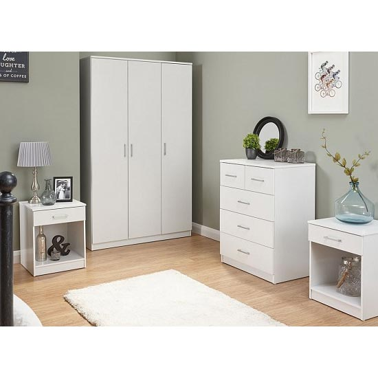 Almandite Wooden Bedroom Furniture Set In White_1