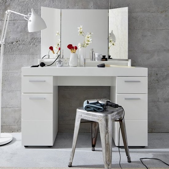Amanda Dressing Table In White High Gloss With Mirror