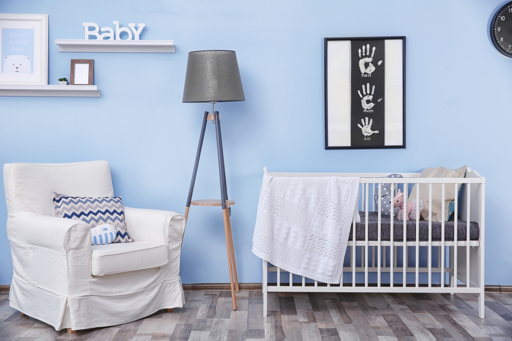 Celebrate your baby's arrival with cheap baby bedroom furniture