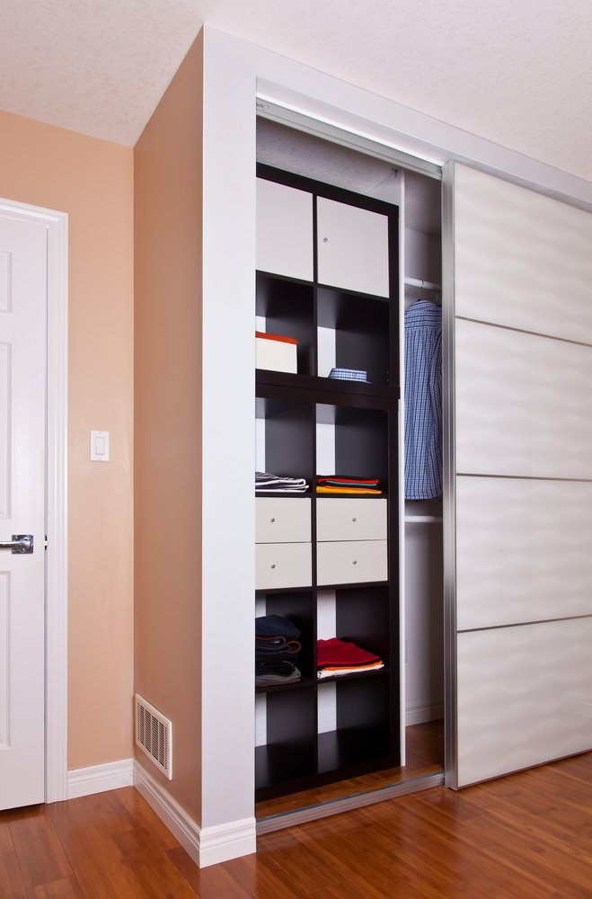 Enhance storage in your room with dividers with shelves