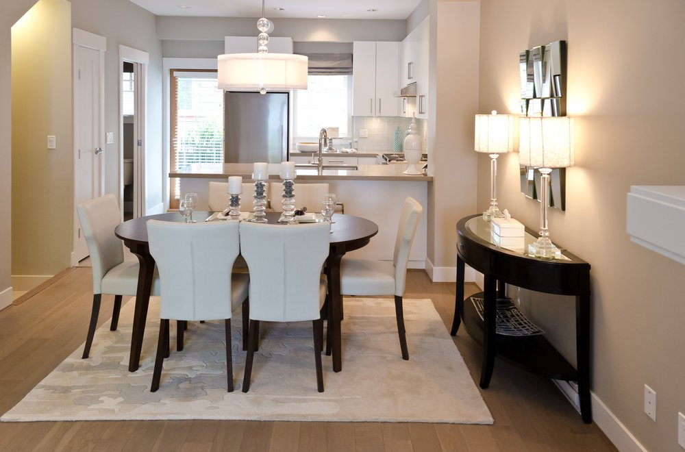 Appealing and Fabulous Dining Table and Chairs