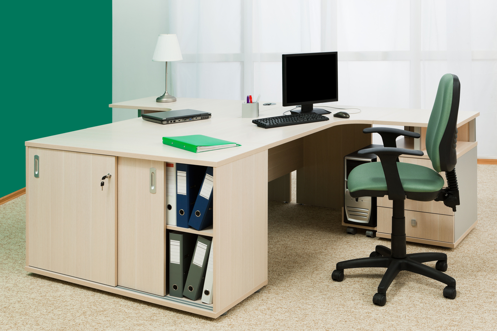 How to Buy Office Desk Chairs on Wholesale?