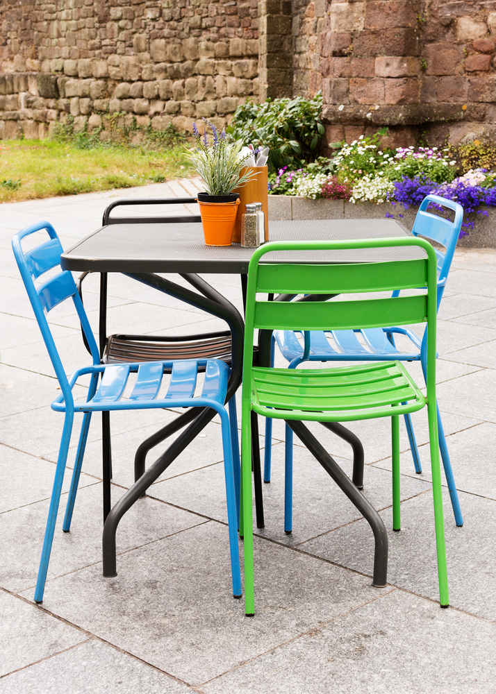 Quick guide on how to paint dining chairs