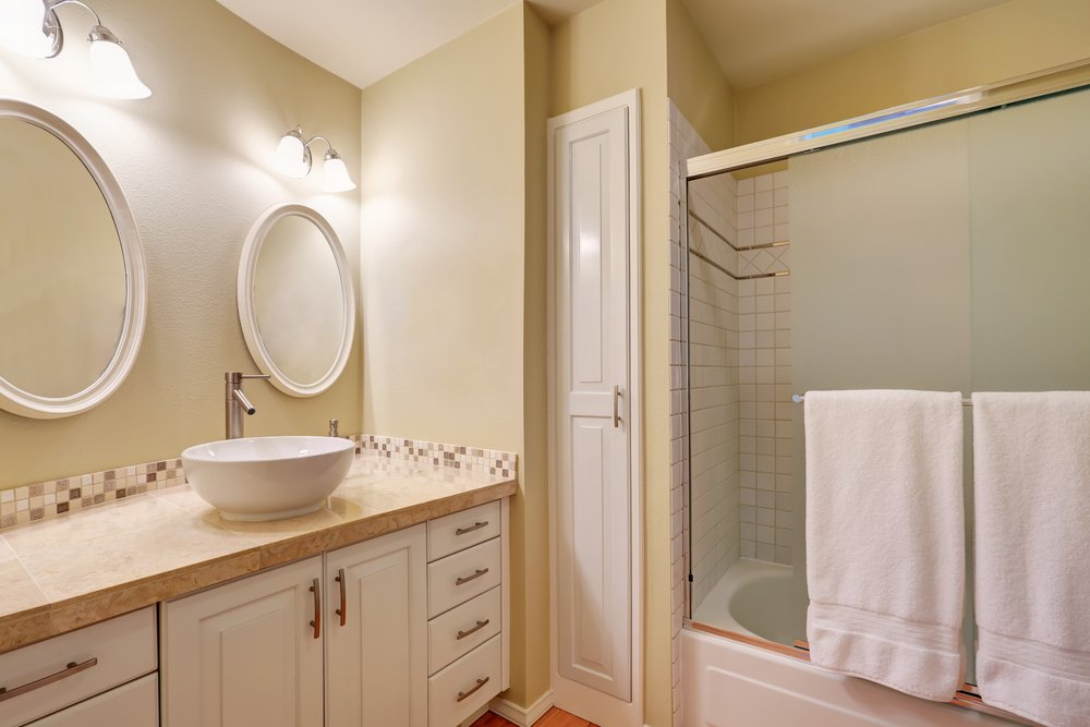 Combine Your Storage With Bathroom Cabinets