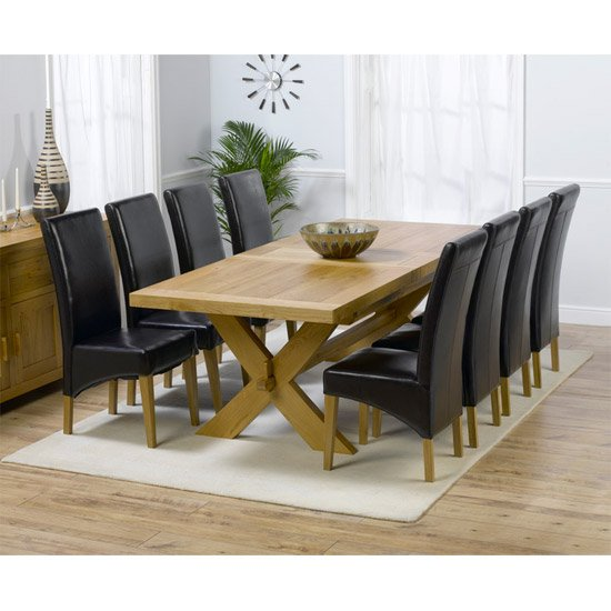 Round Dining Room Table Seats 8: Carlotta Extending Solid Oak Dining Table And 8 Leather