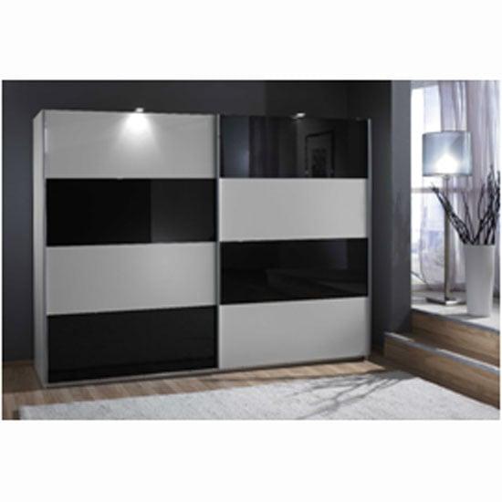 blk wht wardrobe 507 - How To Choose the Best Bedroom Retailers