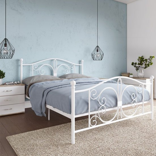 Bombay Metal Double Bed In White_2