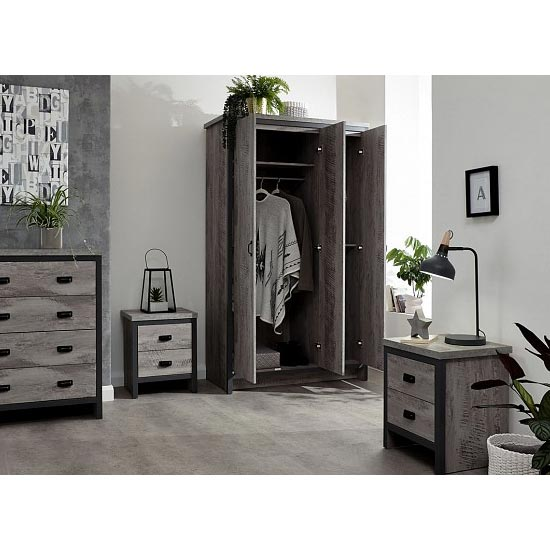 Boston Wooden 4Pc Bedroom Furniture Set In Grey_2
