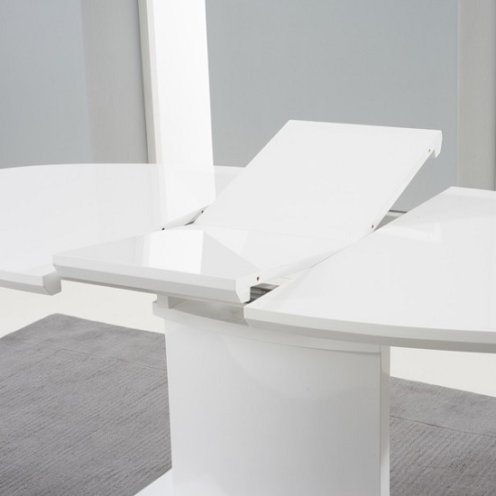 Bozen extendable dining table oval in white high gloss for White high gloss dining table