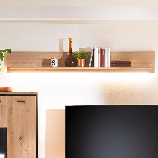 Buenos Aires LED Wooden Wall Shelf In Planked Oak