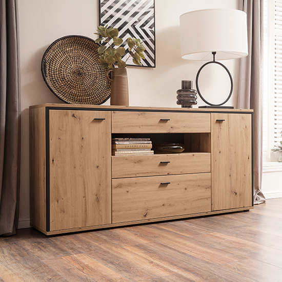 Buenos Aires Sideboard In Planked Oak With 2 Doors 3 Drawers