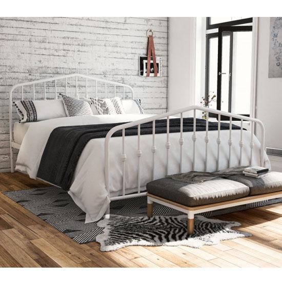 Bushwick Metal King Size Bed In White_1