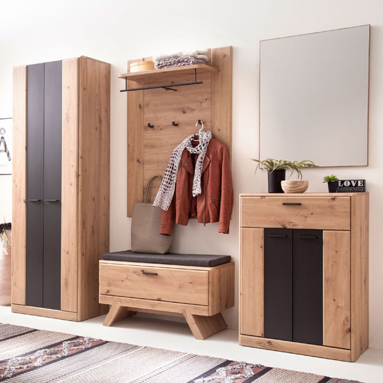 Calais Wooden Hallway Furniture Set In Planked Oak_2