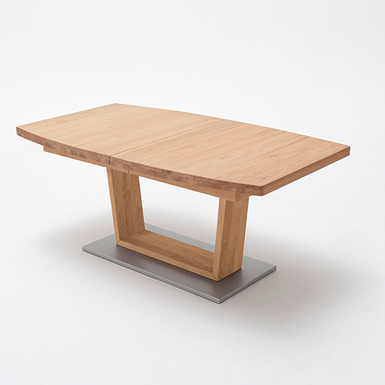 Cantania Extending Boat Shaped V-Leg Dining Table In Wild Oak_2
