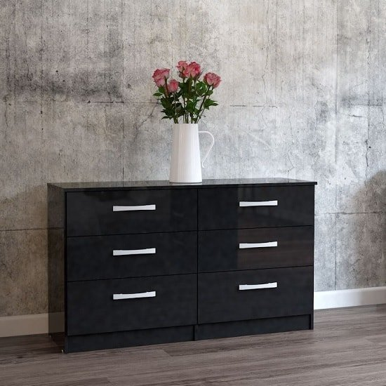Product photograph showing Carola Chest Of Drawers In Black High Gloss With 6 Drawers