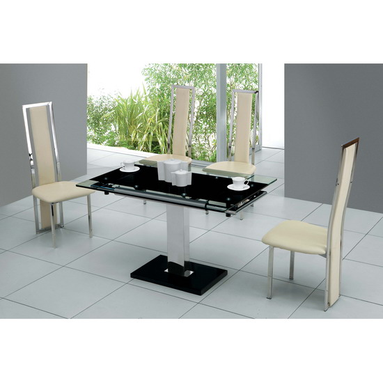 Nitro Extendable Dining Table with 4 D231 Dining Chairs