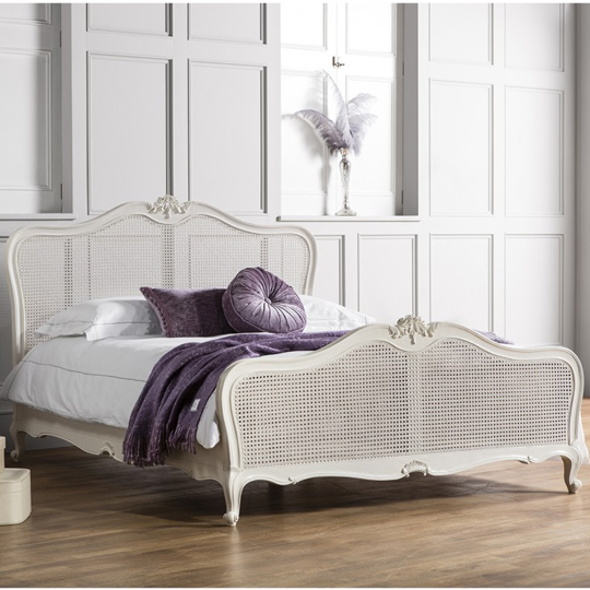 Chic Mahogany Wooden Super King Size Bed In Vanilla White_1