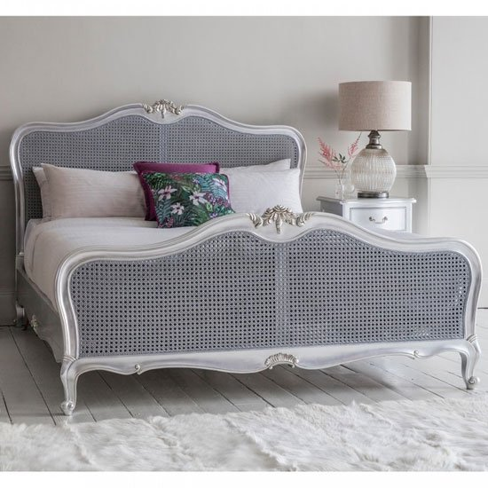 Chic Wooden King Size Bed In Silver_1